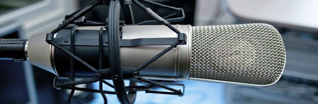Using a Two Way Radio – The Basics of Communicating